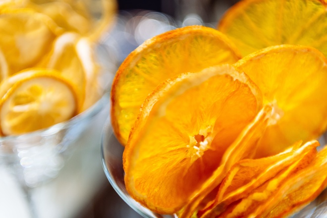 Fette di arancia essiccata per cocktail